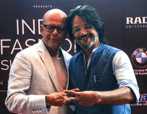 Narendra Kumar and Gautam Kotamraju at India Fashion Summit 2016